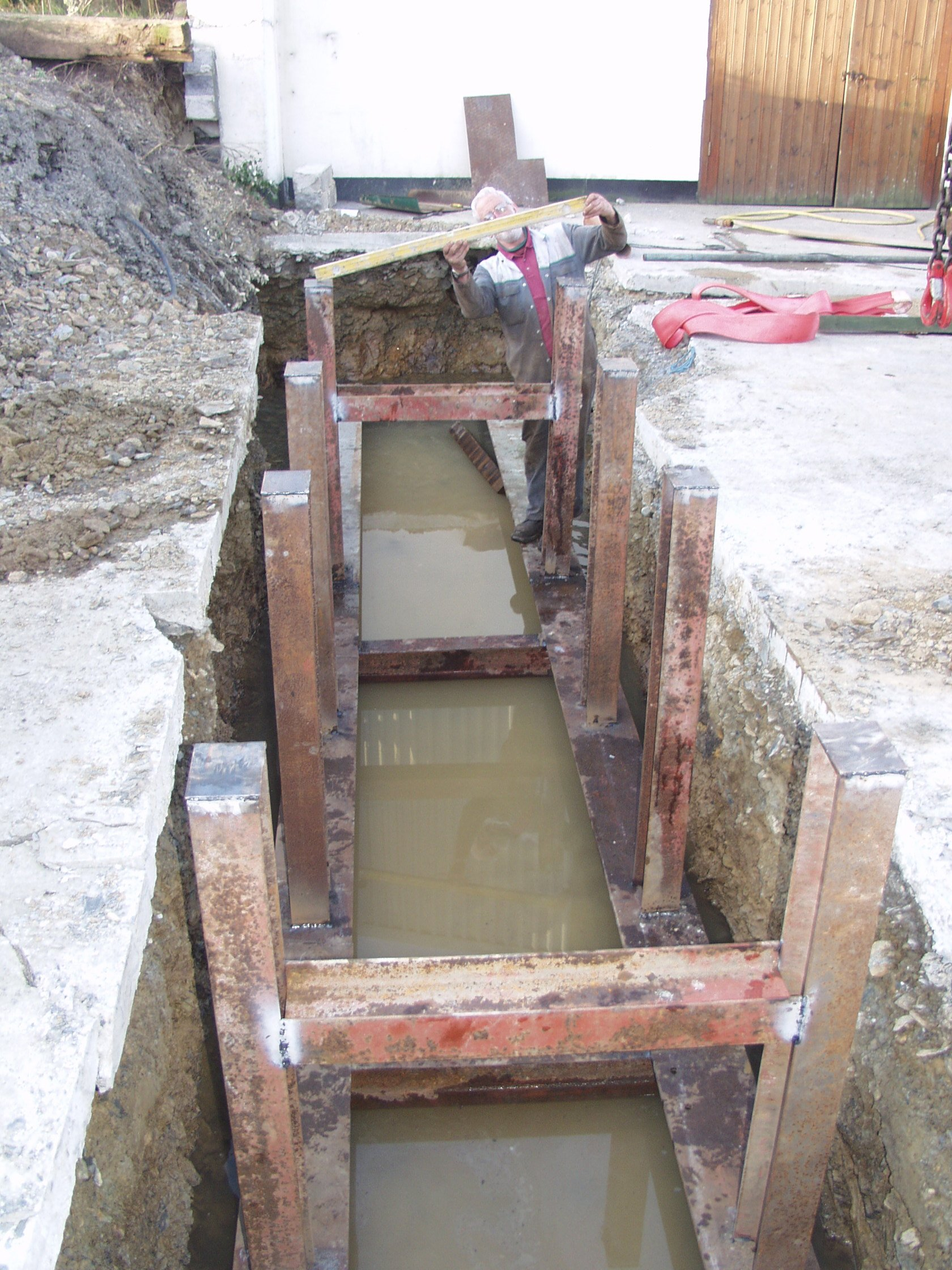 Pit dug and frame in, Feb 2007