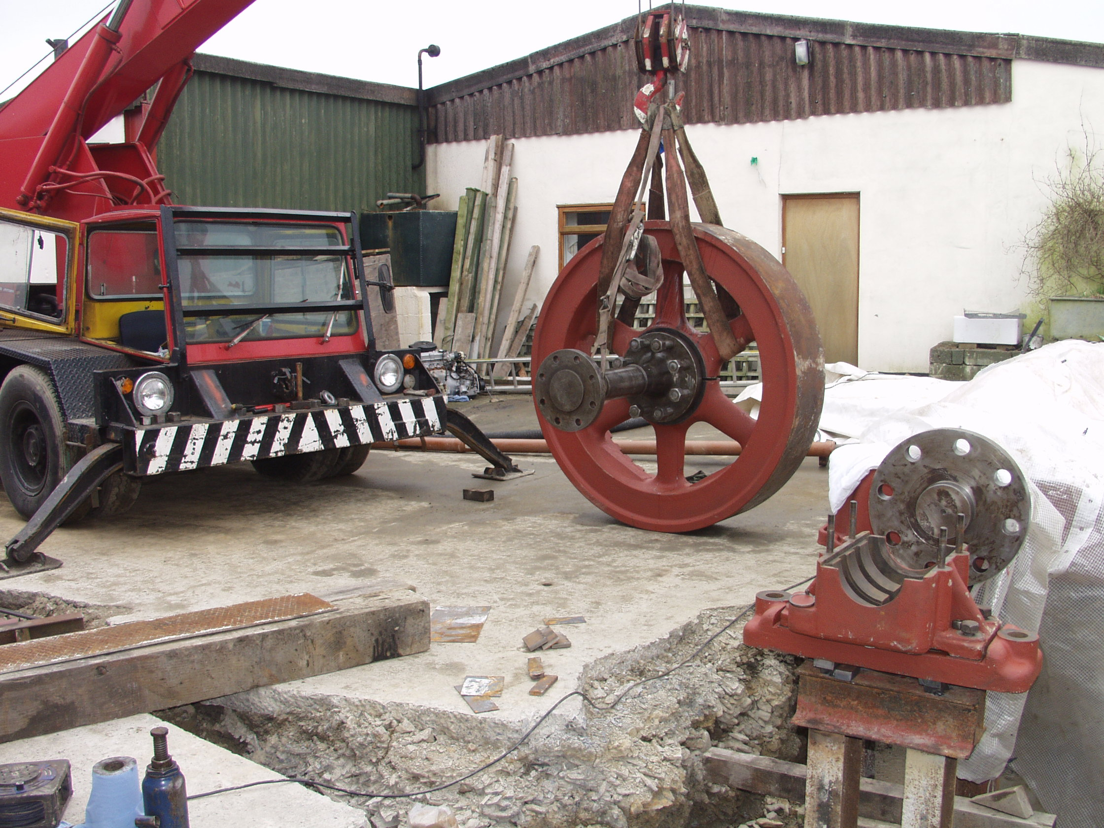 Flywheel and stub assembled ready to lift in, Feb 2007